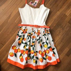 Retro White Bodice w/Orange Pattern Skirt Dress